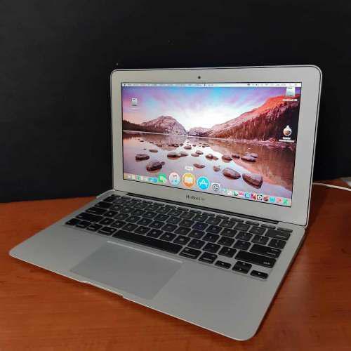 Mac book air 11 ince 2011 core i5