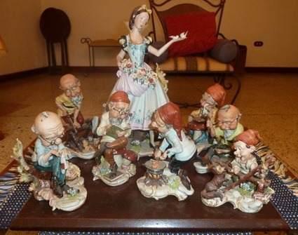 Porcelana capodimonte blanca nieves y los 7 enanos