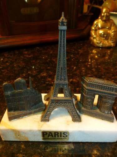 Torre eiffel catedral de notre dame arco del triunfo paris