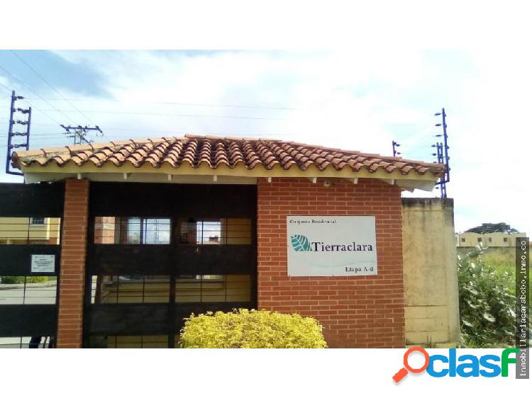 Townhouse parque valencia 20-4400 rs 4124393667