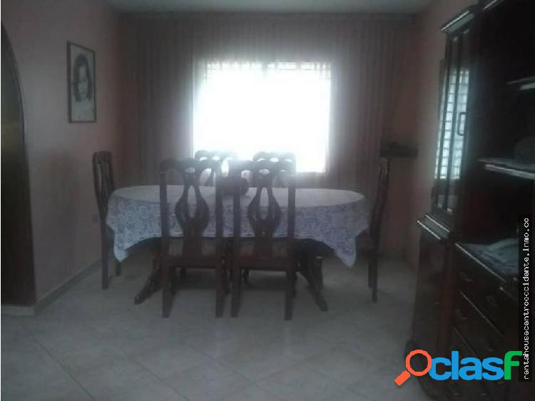 Casa en venta barquisimeto el cuji, al 20-2121