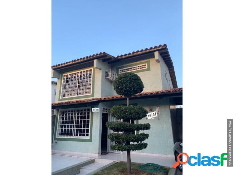 Casa urb. plaza caribe, dos plantas