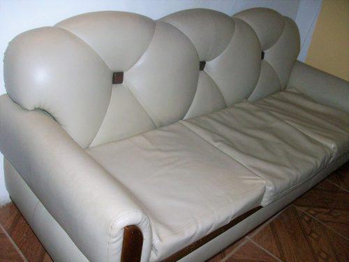 Juego de muebles en semi cuero