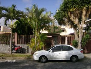Alquiler habitacion quinta lomas de la trinidad caracas