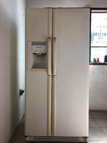 Nevera 2 puertas frigidaire
