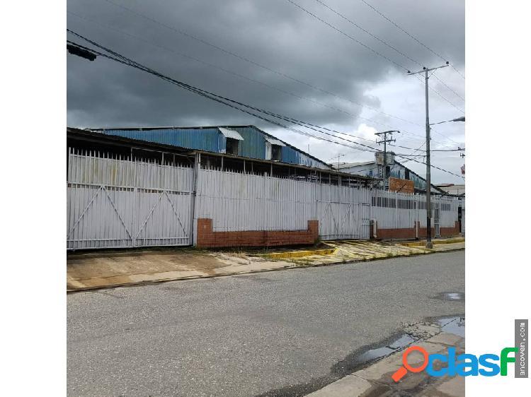 Ancoven premium vende propiedad de uso industrial