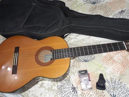 Guitarra yamaha series c70 6 cuerdas con forro y afinador