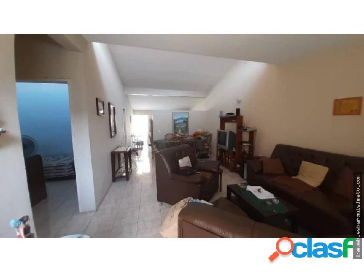 Casa en venta la mora cabudare jrh 20-6060