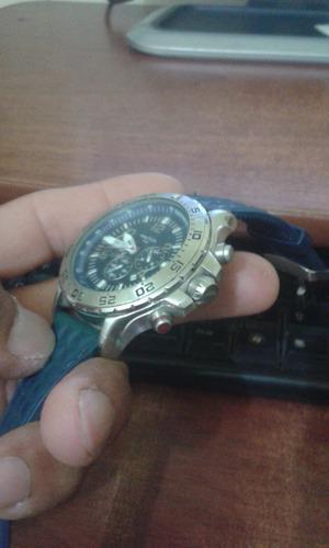 Cambio mi reloj nautica 3 piñones usado pero en buen estado