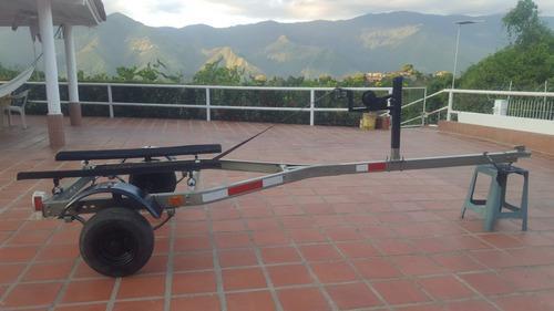 Vendo trailer para moto de agua galvanizado perfecto estado