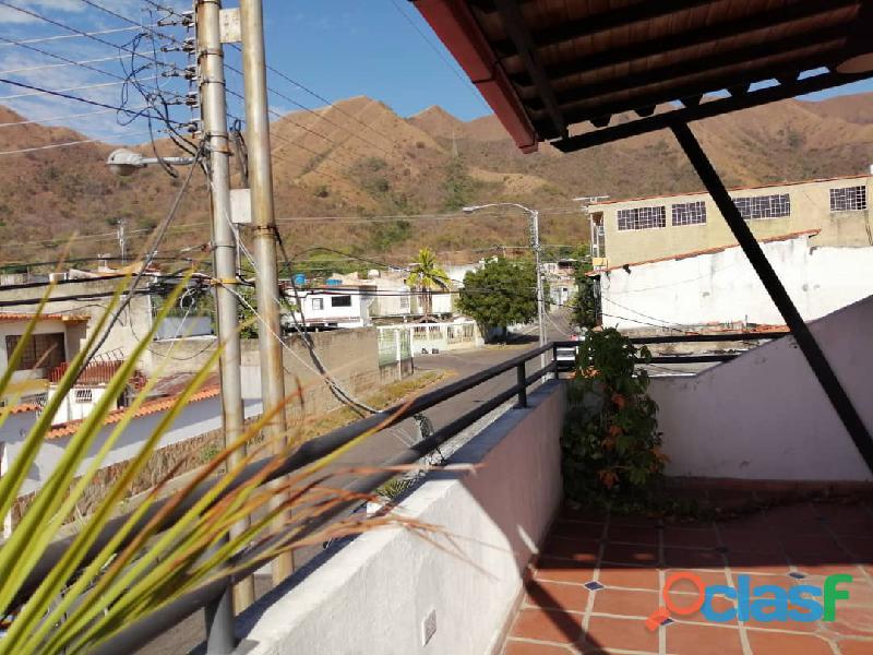 Carmen delgado vende casa en san diego la esmeralda