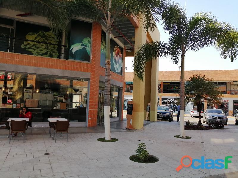 Carmen delgado vende local comercial en san diego