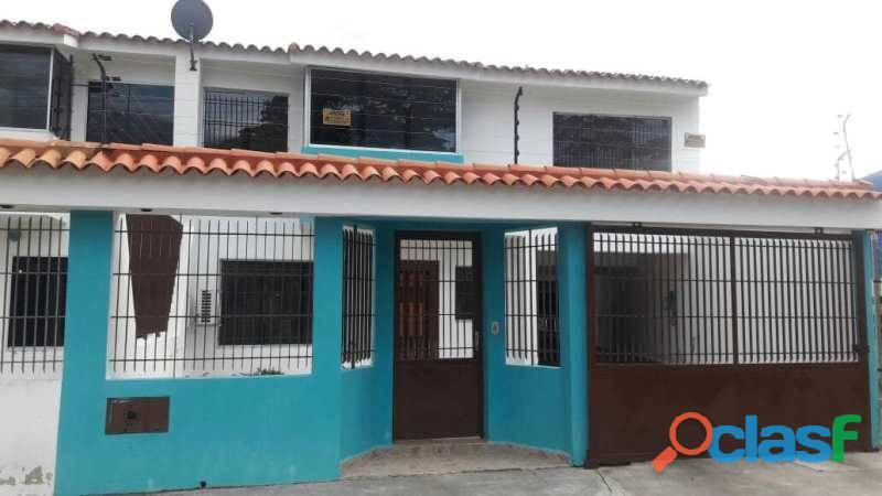 Sky group vende casa en chalets country foc 551