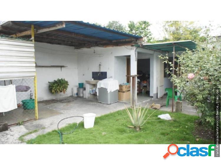 Casa en venta barquisimeto fundalara, al 20-2074