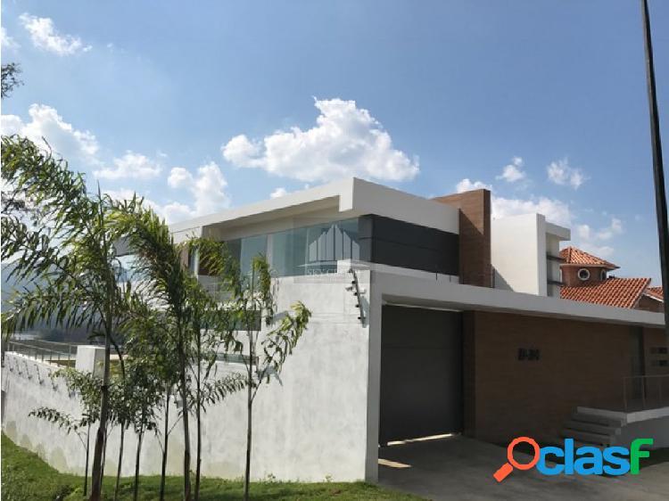 (MAC-327) Casa Terrazas Del Country 850 m2 1