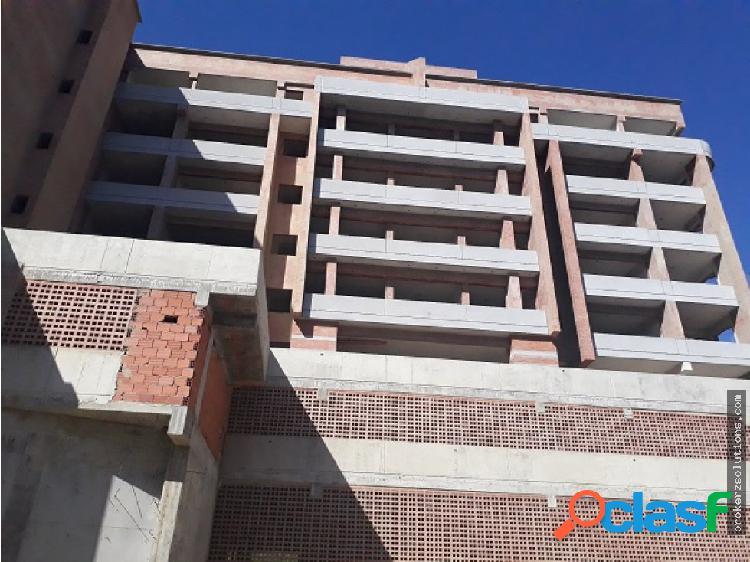 Pre-venta apartamento.105m2/ 3h / 2b / 2e. oripoto-el hatillo