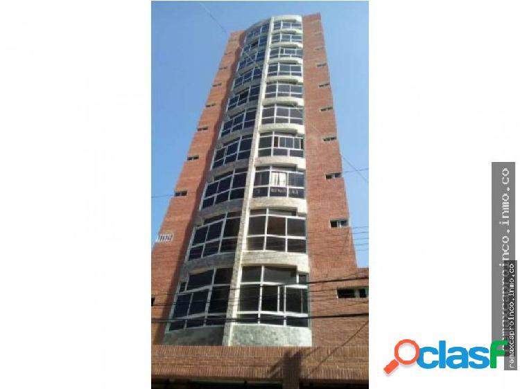 Apartamento en obra gris en av ayacucho en maracay
