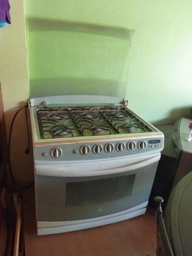 Cocina de 6 hornillas usada
