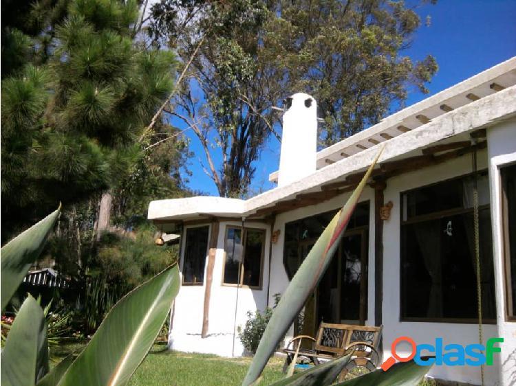 Exclusiva Casa de Dos Niv La Peña San Antonio