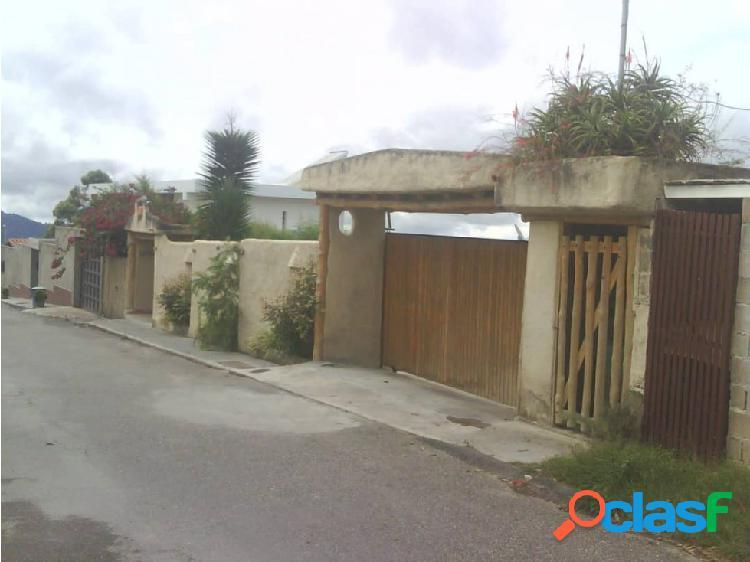 Exclusiva Casa de Dos Niv La Peña San Antonio 1