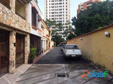 Townhouses en venta en valles de camoruco, valencia, 17 03019