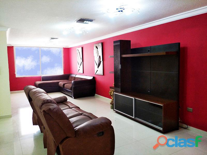 En Venta PentHouse Av. Arimendi 11