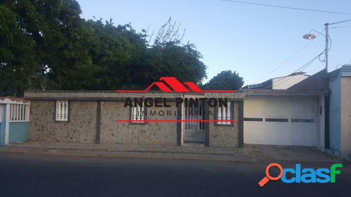 Casa venta la victoria maracaibo api 5018