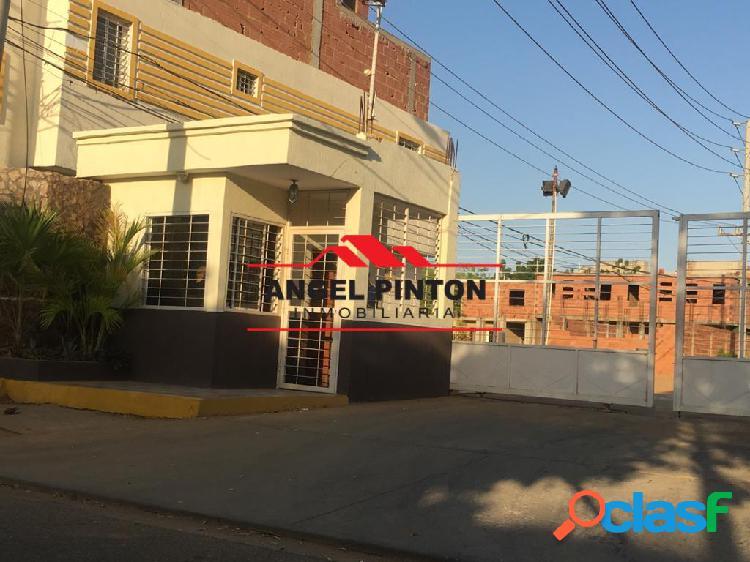 Casa en venta conjunto cerrado san jacinto maracaibo api 5131