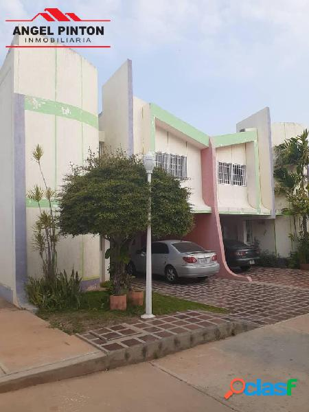 Casa en alquiler en isla dorada maracaibo api 5229