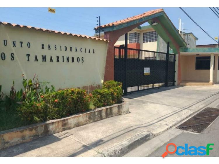 Venta town house urbanización los tamarindos