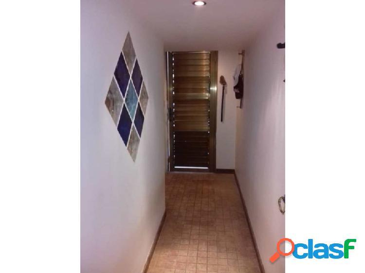 Apartamento en venta Caraballeda (Caribe) 2H- 2B- 1P 2