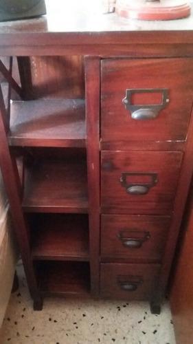 Mesa de noche en madera pura, 4 gavetas