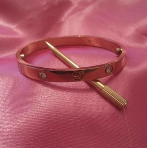 Pulsera cartier love baño de oro rosa
