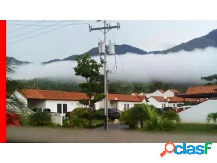 Vendo hermosa casa en villas de alcala