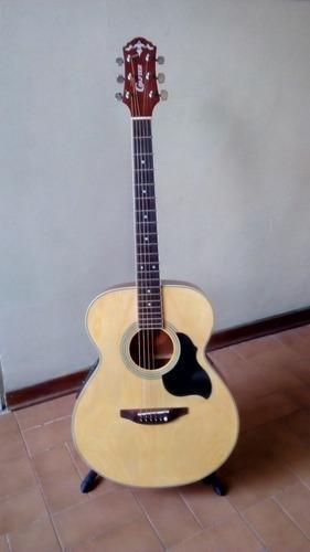 Guitarra electroacústica crafter.