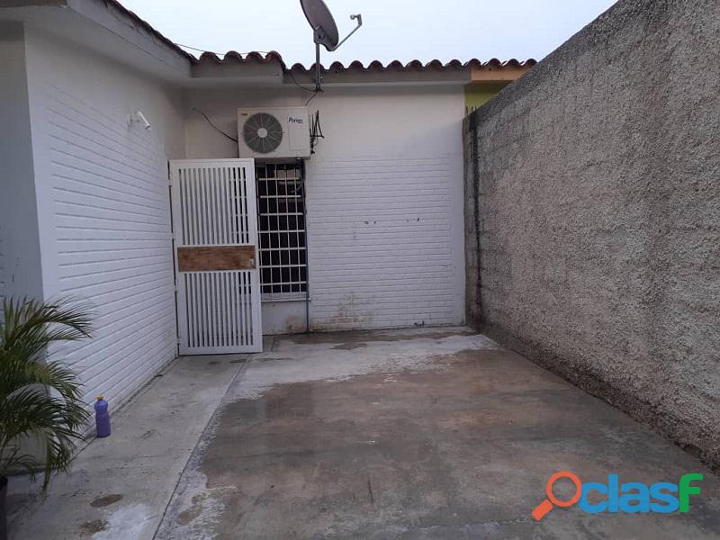 Casa en venta en Los Palos Grande II, San Joaquin, Carabobo, Enmetros2, 20 50005, ASB 2