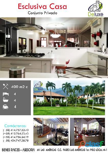 Estupenda casa estilo arquitectura moderna, 400 m2 Urbanización La Mara 1