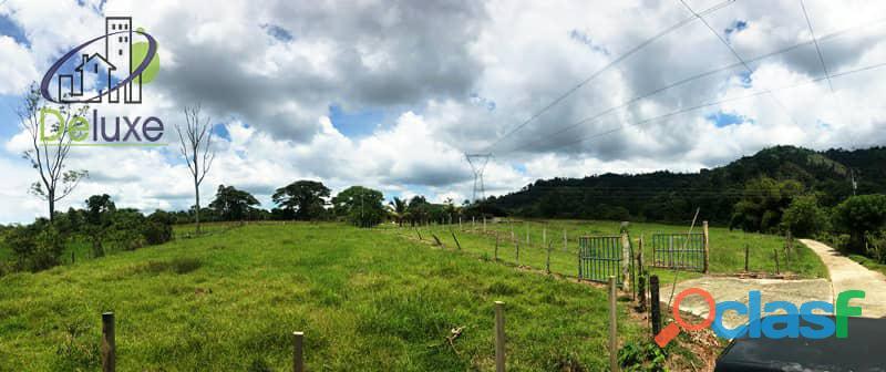 Bella finca con 29.6 hectáreas en Tucaní 10