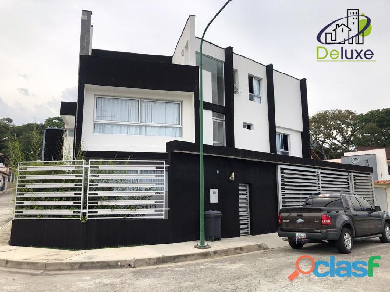 Espectacular vivienda con circuito cerrado, 492 m2 Urb Los Cortijos