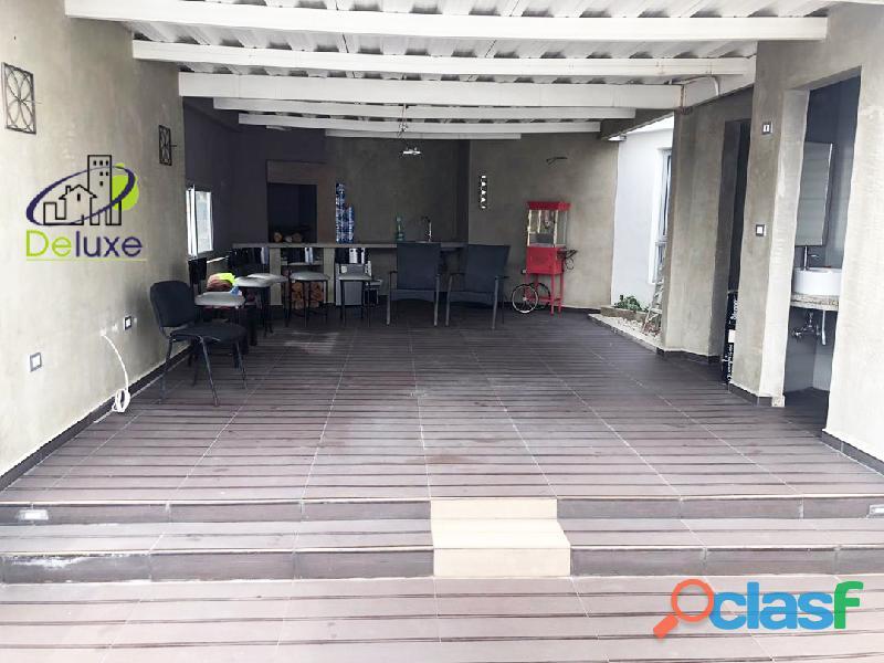Espectacular vivienda con circuito cerrado, 492 m2 Urb Los Cortijos 7