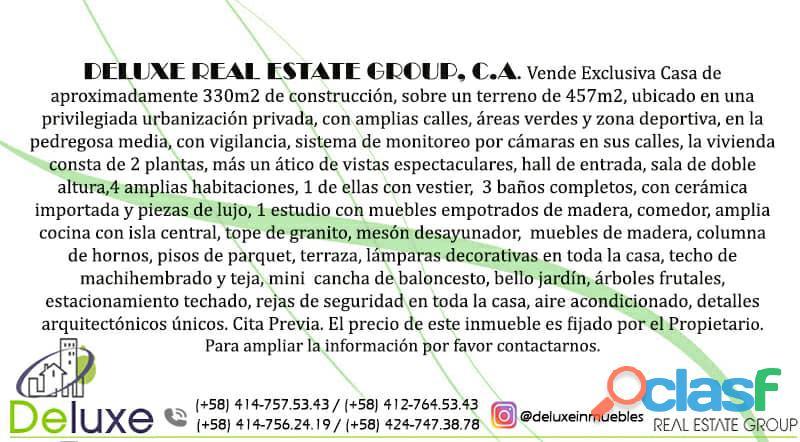 Exclusiva casa de 457 m2 terrenp y 330 m2 construcción, Urbanización Quebrada Linda 12