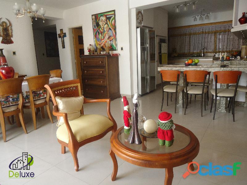 Exclusivo Apartamento de 141 m2, ubicación privilegiada Residencias Diamela 9