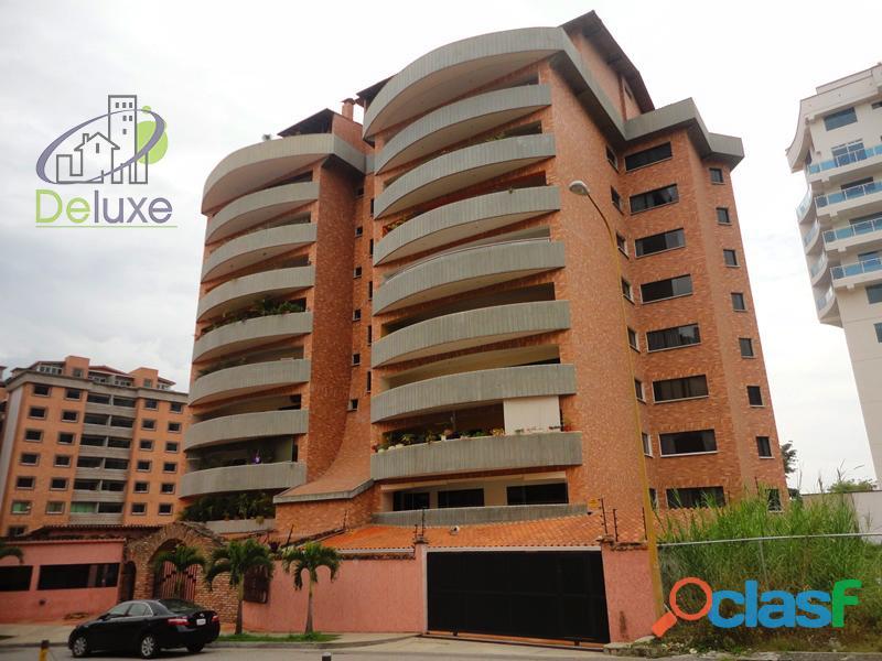 Exclusivo apartamento de construcción tradicional, 280 m2 Conjunto Residencial Puerta de Hierro