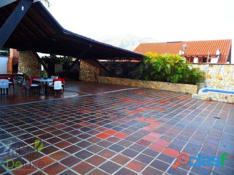 Fabulosa casa arquitectura estilo único, 603m2t, 280m2c. Urbanización La Mara 6