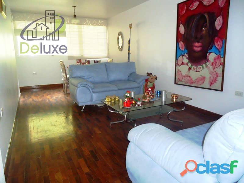 Amplio Apartamento 93 m2 con privilegiada ubicación, Vigilancia Privada 24h. Residencias Tridente 10