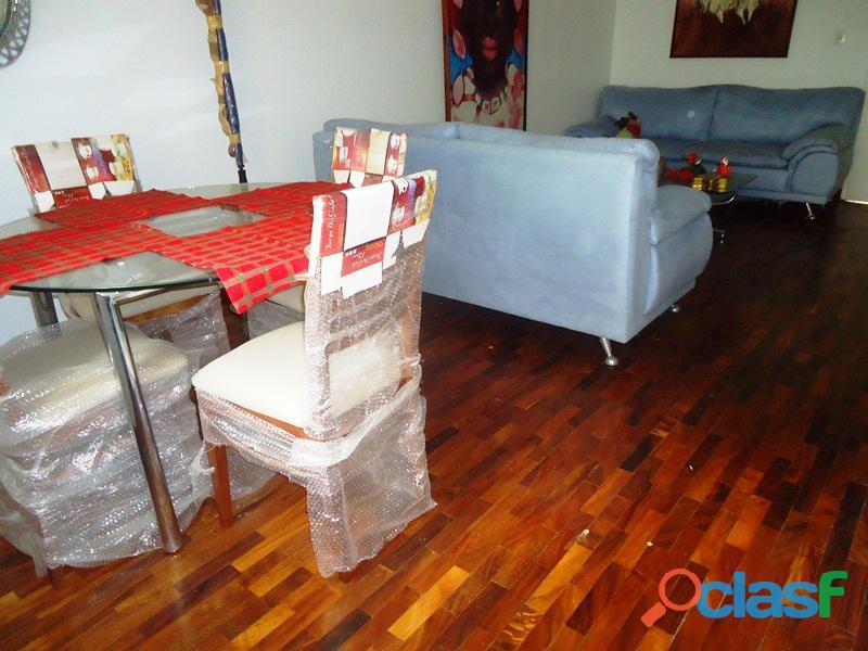 Amplio Apartamento 93 m2 con privilegiada ubicación, Vigilancia Privada 24h. Residencias Tridente 7