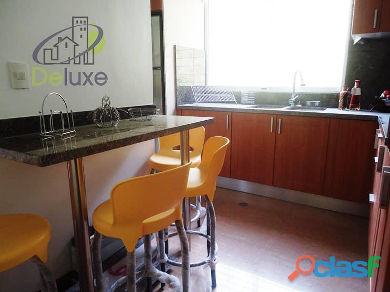 Amplio Apartamento 93 m2 con privilegiada ubicación, Vigilancia Privada 24h. Residencias Tridente 4