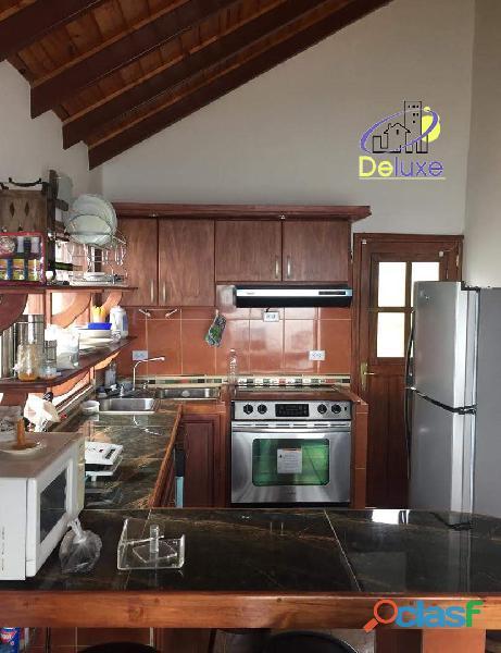Casa y Terreno de 2000m2 con excelente ubicación en el Sector El Valle 7