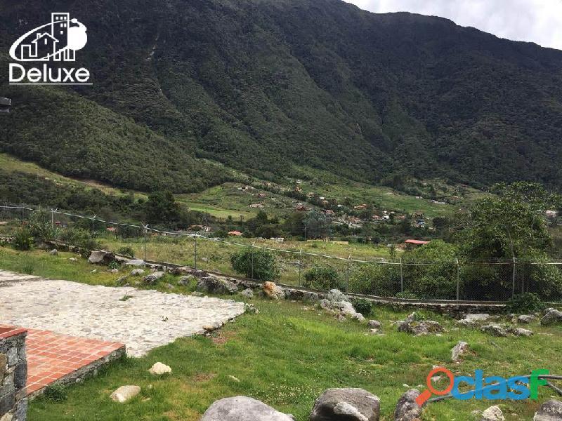 Casa y Terreno de 2000m2 con excelente ubicación en el Sector El Valle 2