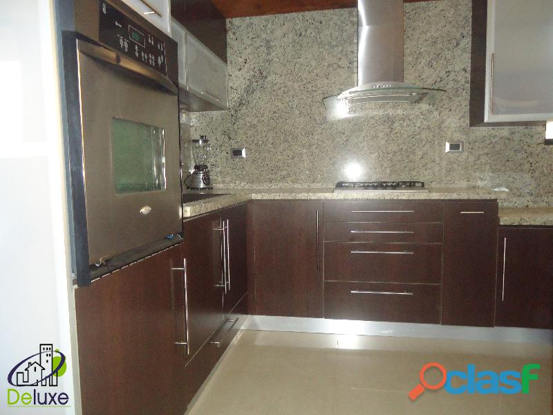 Impecable apartamento de 118 m2, ubicado en Conjunto Residencial Tinajeros 11